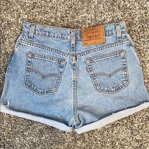 Vintage Levi's 551 Cutoff Shorties Size 10
